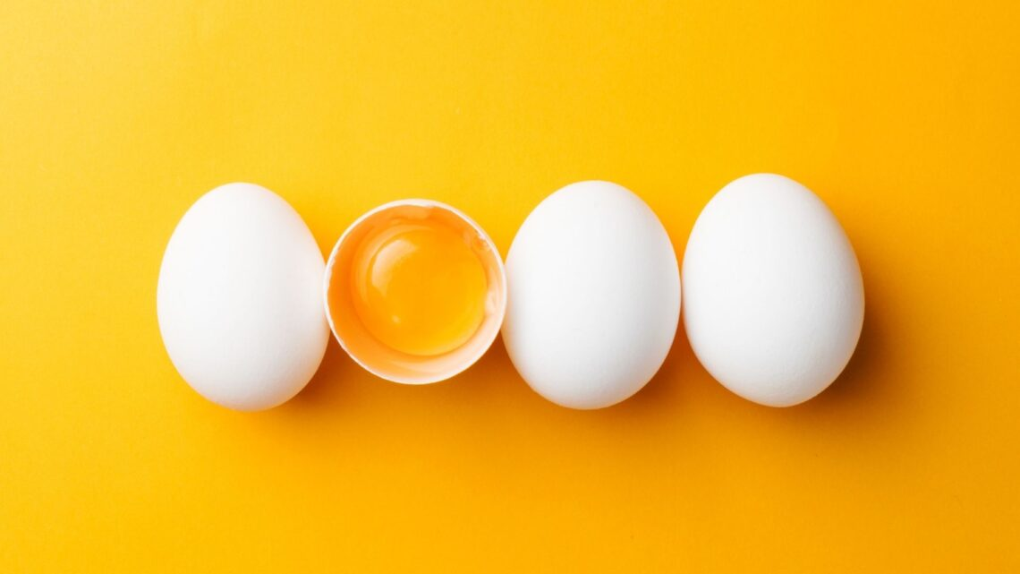 Eggs as an example of a keto for migraine option
